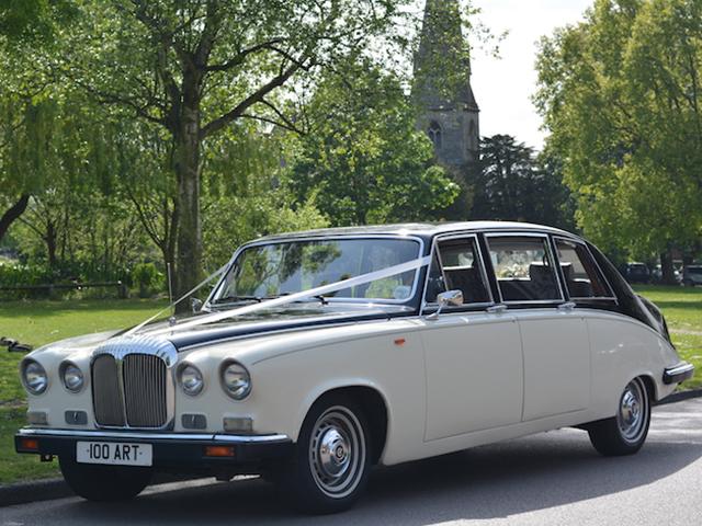 Daimler-Limousine-DS420.